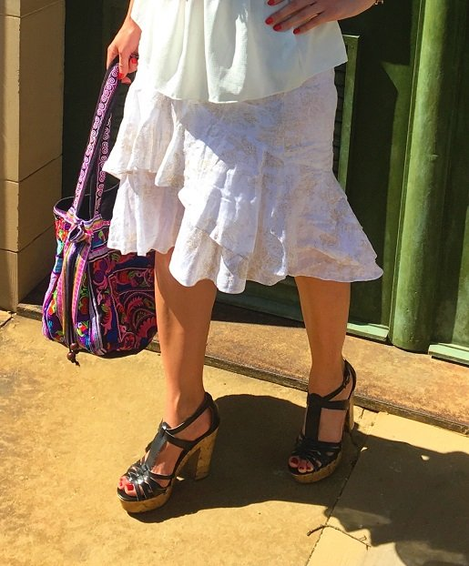 Isabella Labella trägt Guess Heelsauf dem Blog Label Love