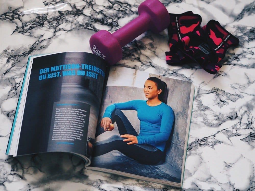 Tolle Fitness Ratgeber zum daheim Schmökern: Dungeons & Workouts und Fit is Sexy heute auf meinem Blog als ausführliche Buchrezension mit tollen Bildern
