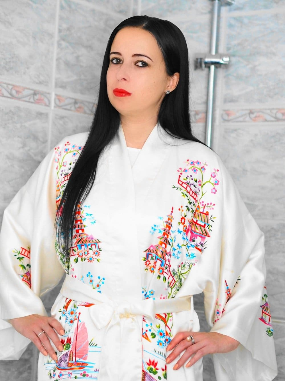 Heute zeige ich euch auf meinem Blog ein Geisha inspiriertes Make Up gemeinsam mit den tollen Produkten von Isabelle Lancray