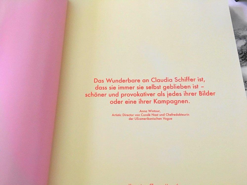 Heute zeige ich euch auf meinem Blog das absolute Must-Have für jedes Coffee Table, das Claudia Schiffer Fotobuch vom Prestel-Verlag