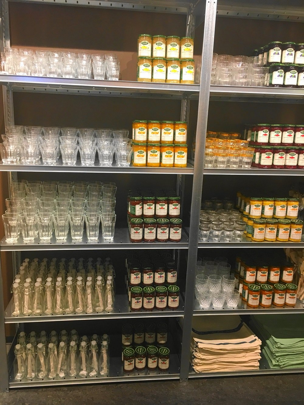 eute zeige ich euch auf dem Blog meinen Einkauf beim Pre Shop Event von Sostrene Grene und erzähle die Geschichte der 2 dänischen Schwestern Anna und Clara