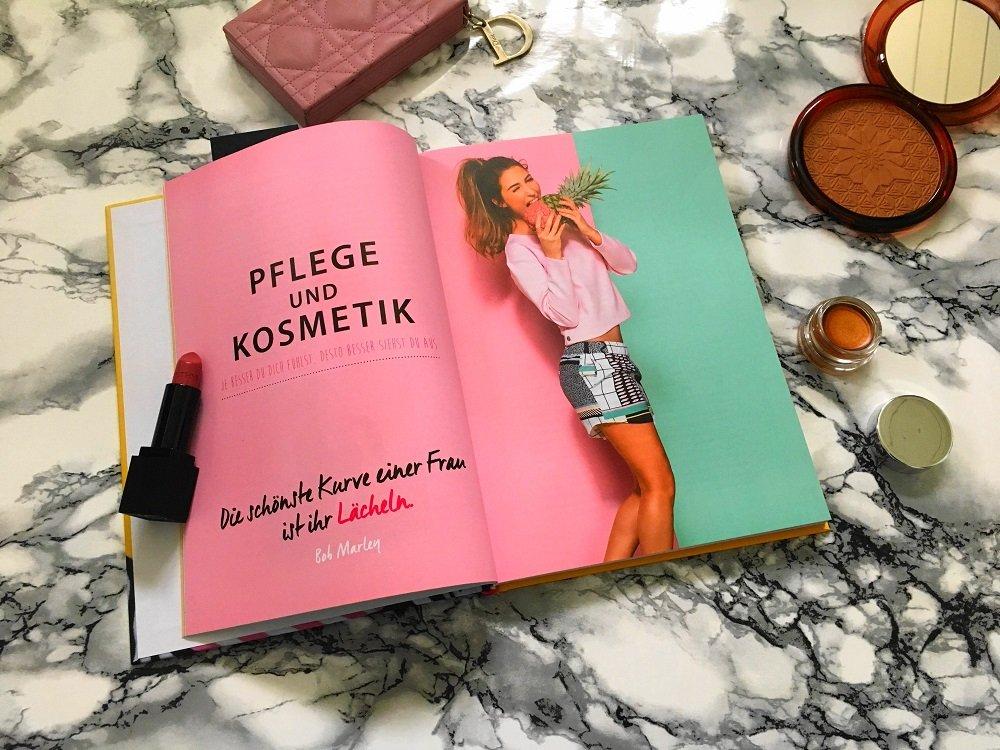 """Heute zeige ich allen Beauty- und Make up-Begeisterten das tolle Buch """"Make up"""" vom MUA Xelly Cabau Van Kasbergen mit vielen hilfreichen Tipps und Tricks"""