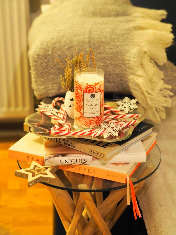 Heute zeige ich euch auf meinem Blog eine wunderschöne Duftkerze und kunterbunte weihnachtliche Badebomben mit sehr hübschem Schmuck von Imperial Candles