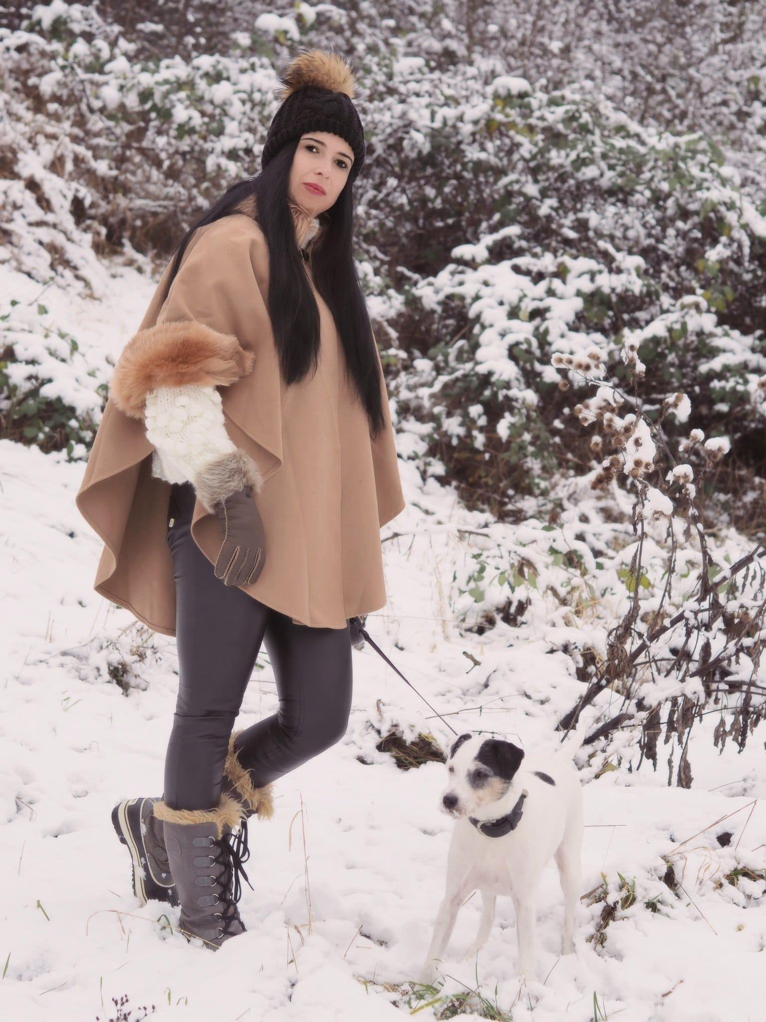 Heute zeige ich euch auf meinem Blog einen Winter-Look mit hübschem Poncho und erzähle euch die interessante Geschichte von diesem kultigen Kleidungsstück