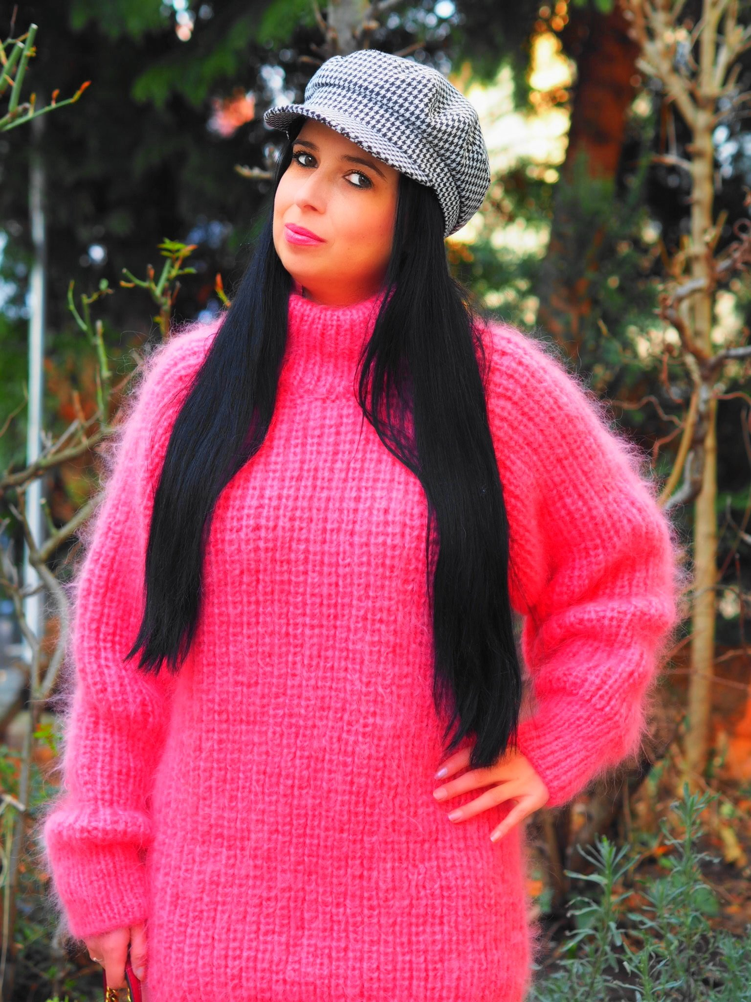 Today I show you on my blog a beautiful pink mohair sweater from SuperTanya and tell all about the characteristics of the luxurious wool