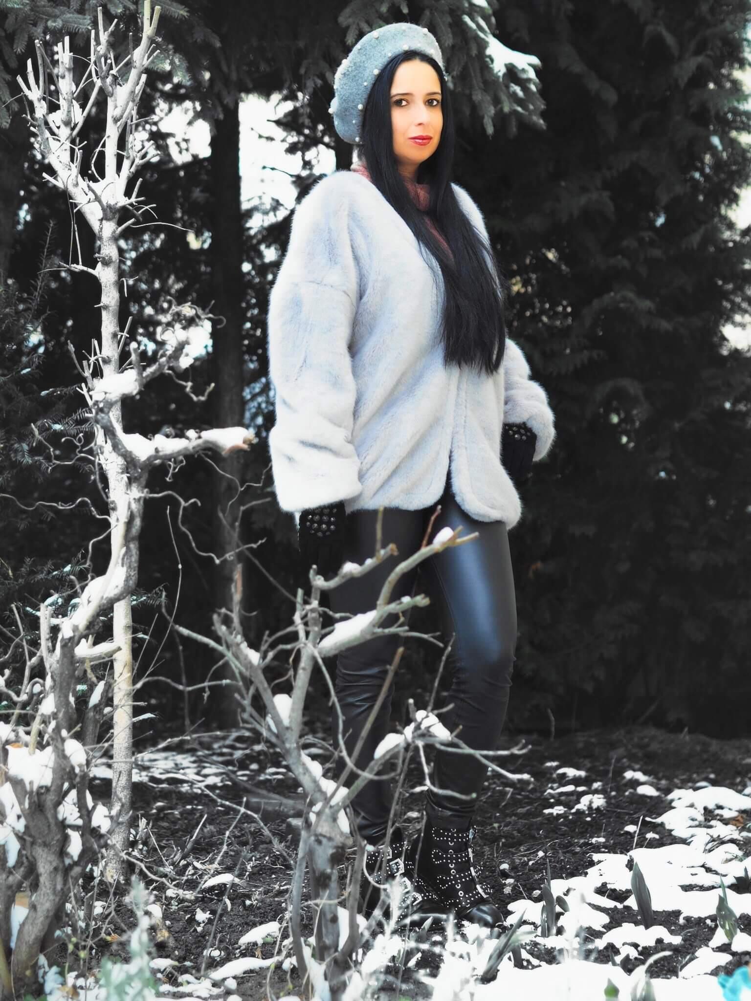 Heute zeige ich euch auf meinem Blog drei schöne Winter Looks mit edlen Baskenmützen von NA-KD und erzähle euch alles über die Geschichte der Baskenmütze