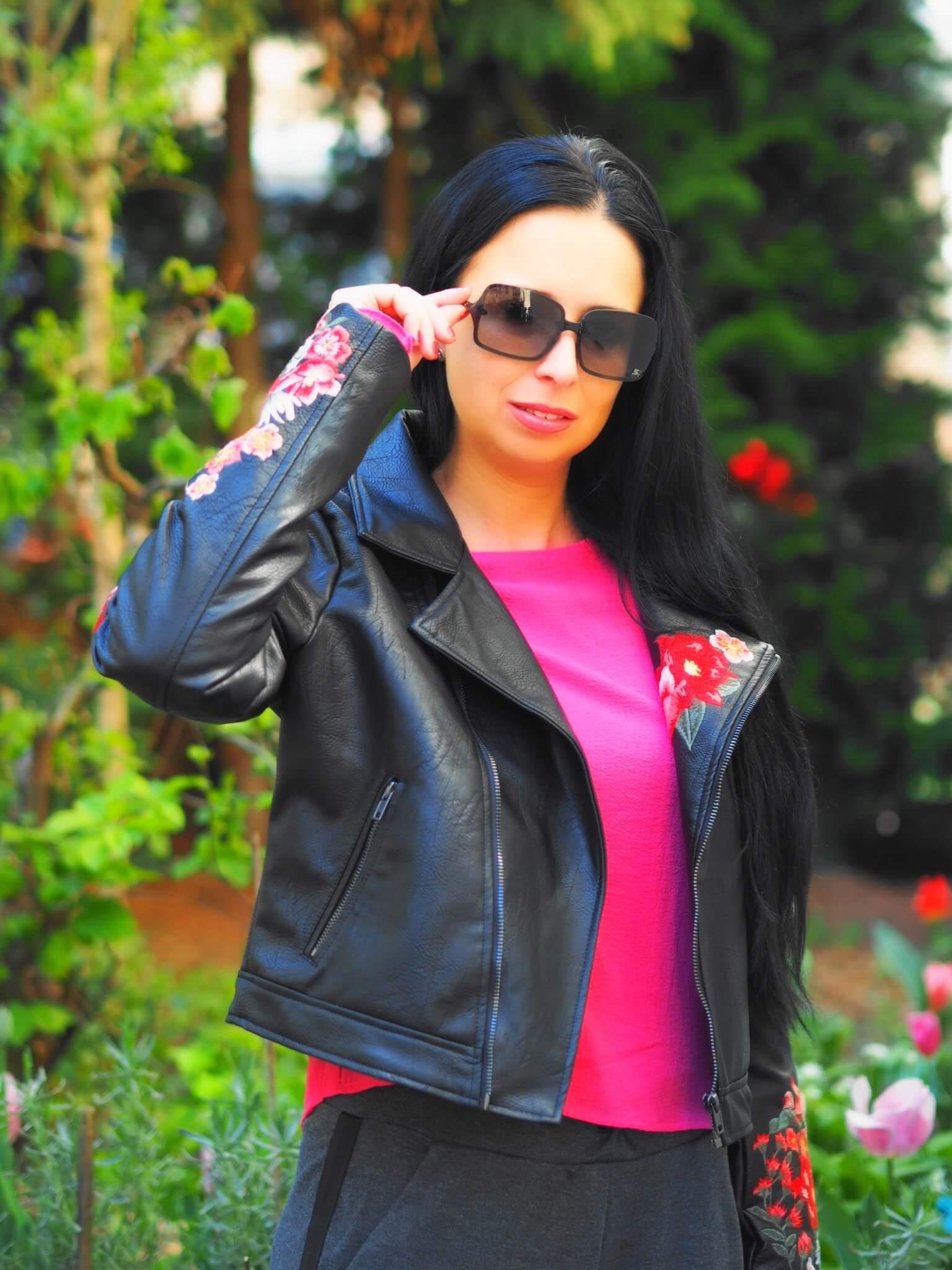Heute zeige ich euch meine edle Biker-Jacke von mister*lady und erzähle euch wie man eine Lederjacke perfekt zu einem gelungenen Outfit kombinieren kann