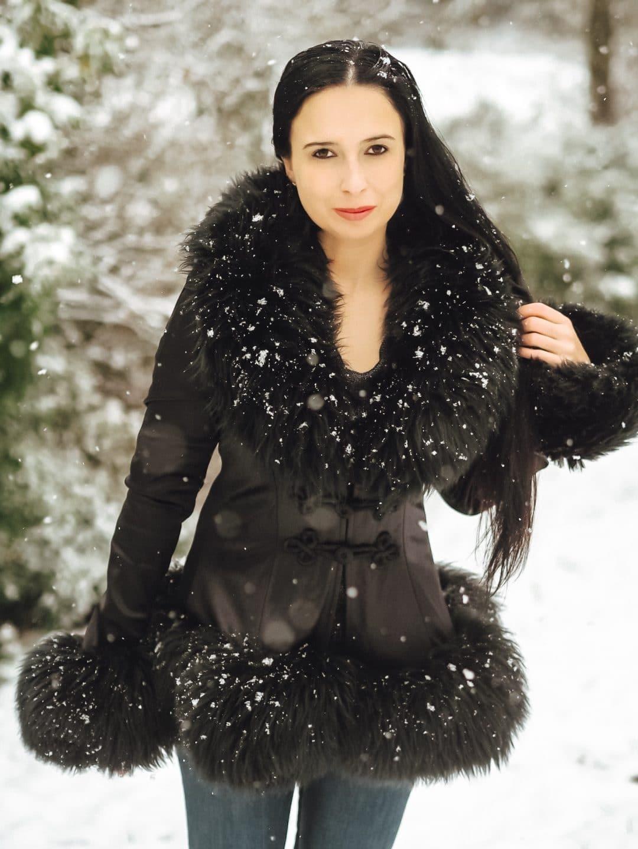 """Meine Zarenjacke von """"Catwalk Collection London"""" passt ins Schneegestöber. Heute möchte das schöne Kleidungsstück mit russischer Geschichte näher zeigen."""