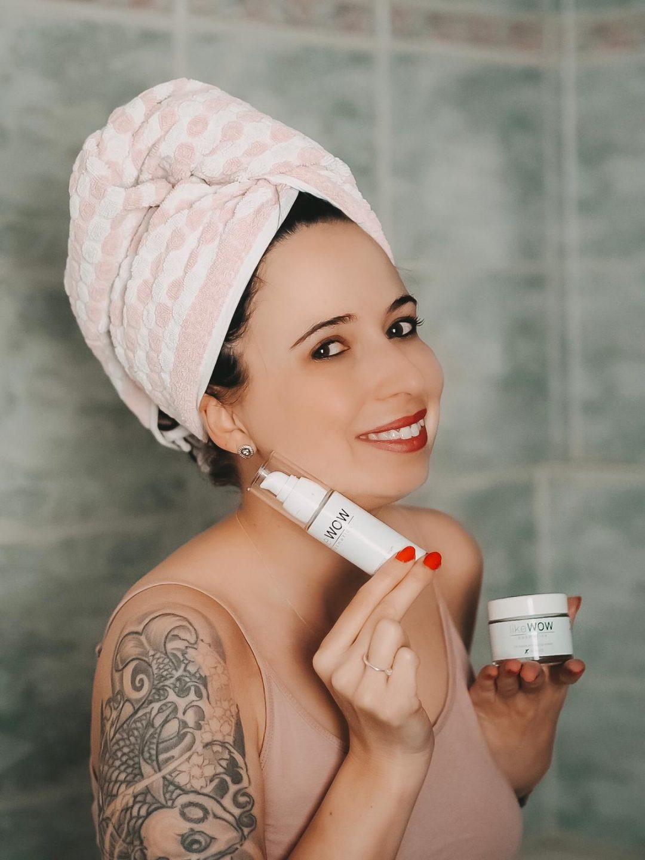 Die hochwertige Anti Aging Kosmetik von like Wow Cosmetics polstert meine Haut spürbar auf und hättet Fältchen im Handumdrehen. Auf dem Blog mehr zum Label.
