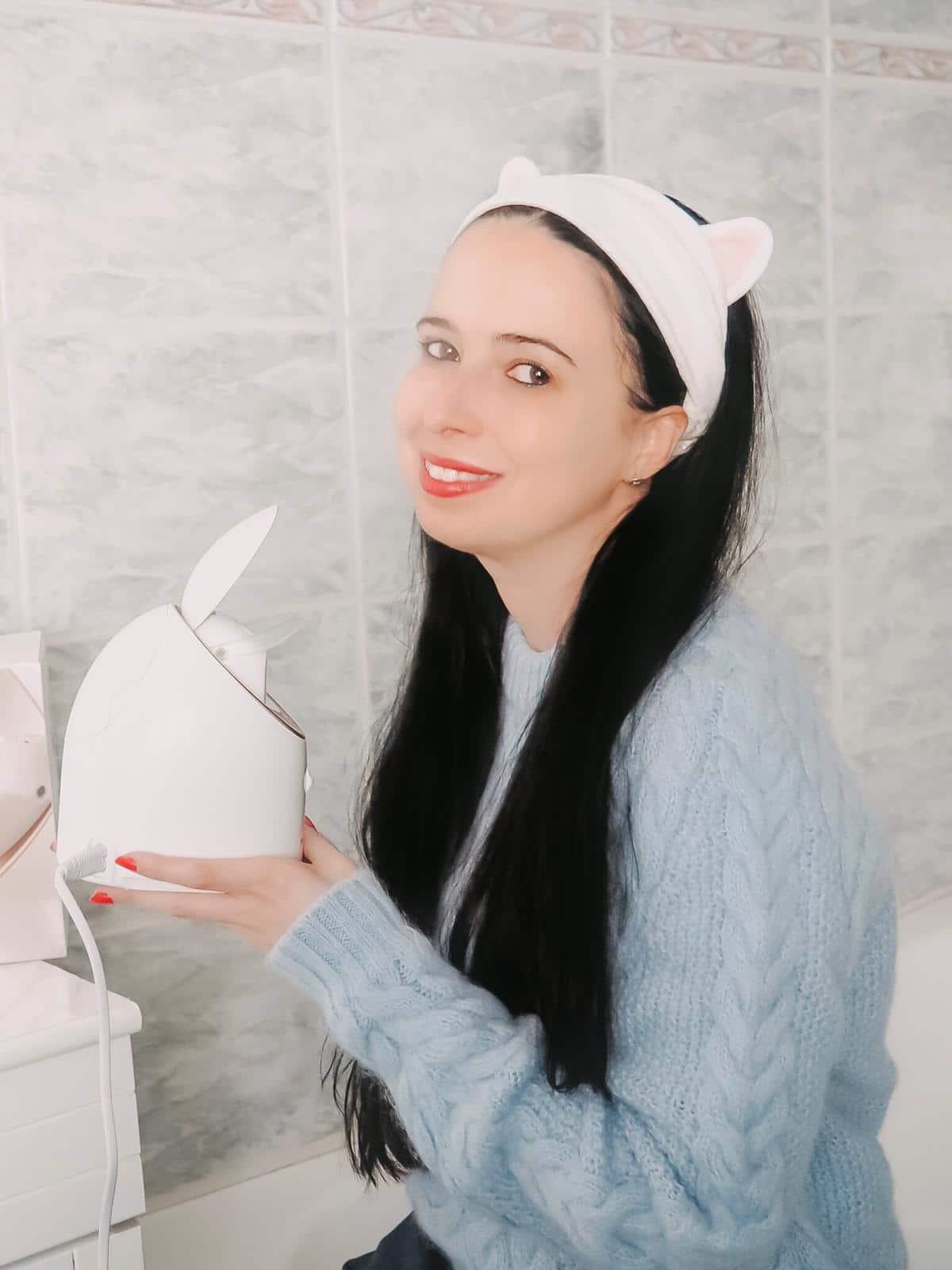 Eine schöne und reine Haut zu haben ist der Traum aller Frauen. Mit dem Facial Steamer von Panasonic mit Nano-Technologie wird diese zur Wirklichkeit.