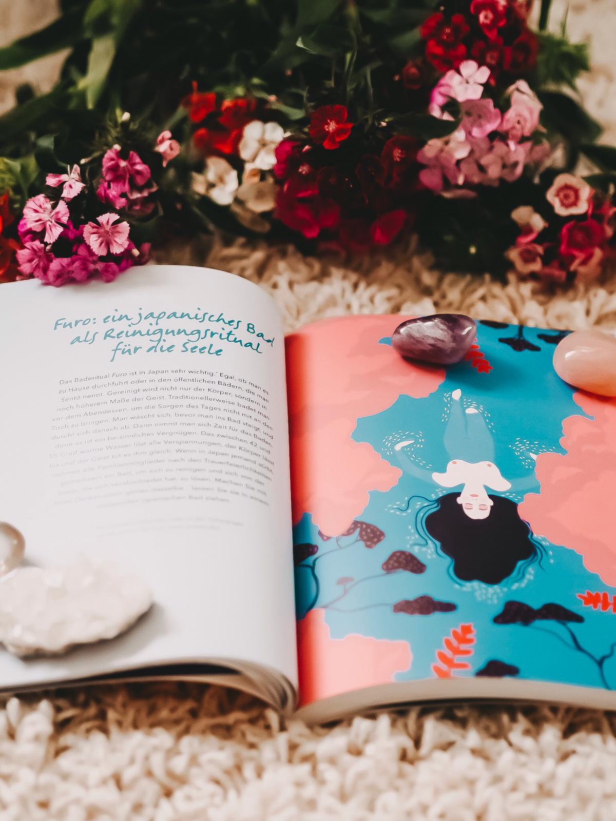 Ikigai ist der japanische Begriff für das persönliche Geheimnis des Glücks. Ich rezensiere hier Ikigai - Das 12 Wochen Programm für Glück und Gesundheit.