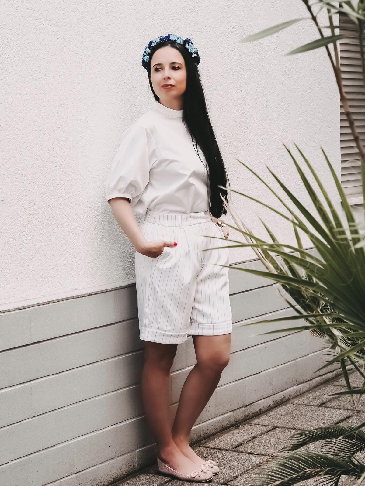 Heute zeige ich meine Sommersafari mit NA-KD Haul und Coupon Code. Mit dabei ist ein Sommerkleid, eine Shorts,eine Paper Waist Pants und eine Puffärmelbluse