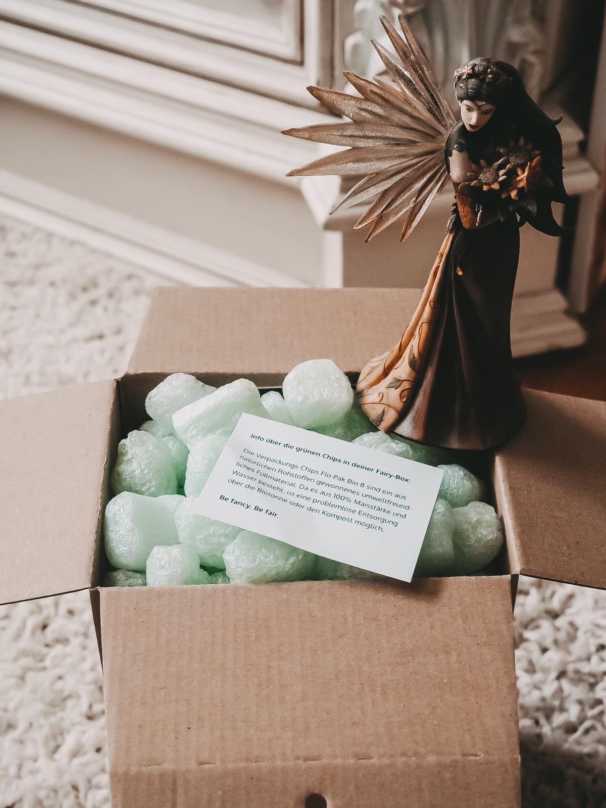 Die nachhaltige Fairybox August 2019 hat einen sehr hochwertigen und auch vielseitigen Inhalt. Auf dem Blog stelle ich euch die wunderschöne Box näher vor.