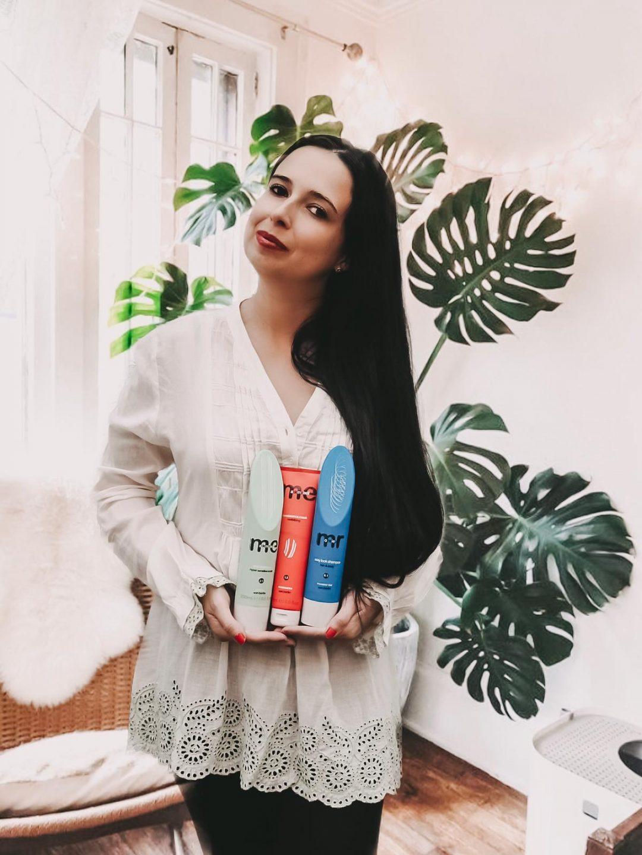 """Heute zeige ich euch auf dem Beauty Blog vegane Haarpflege von me mademoiselle. Ihr bekommt 25% Rabatt auf euren Einkauf im Shop mit dem Code """"labellove25""""."""
