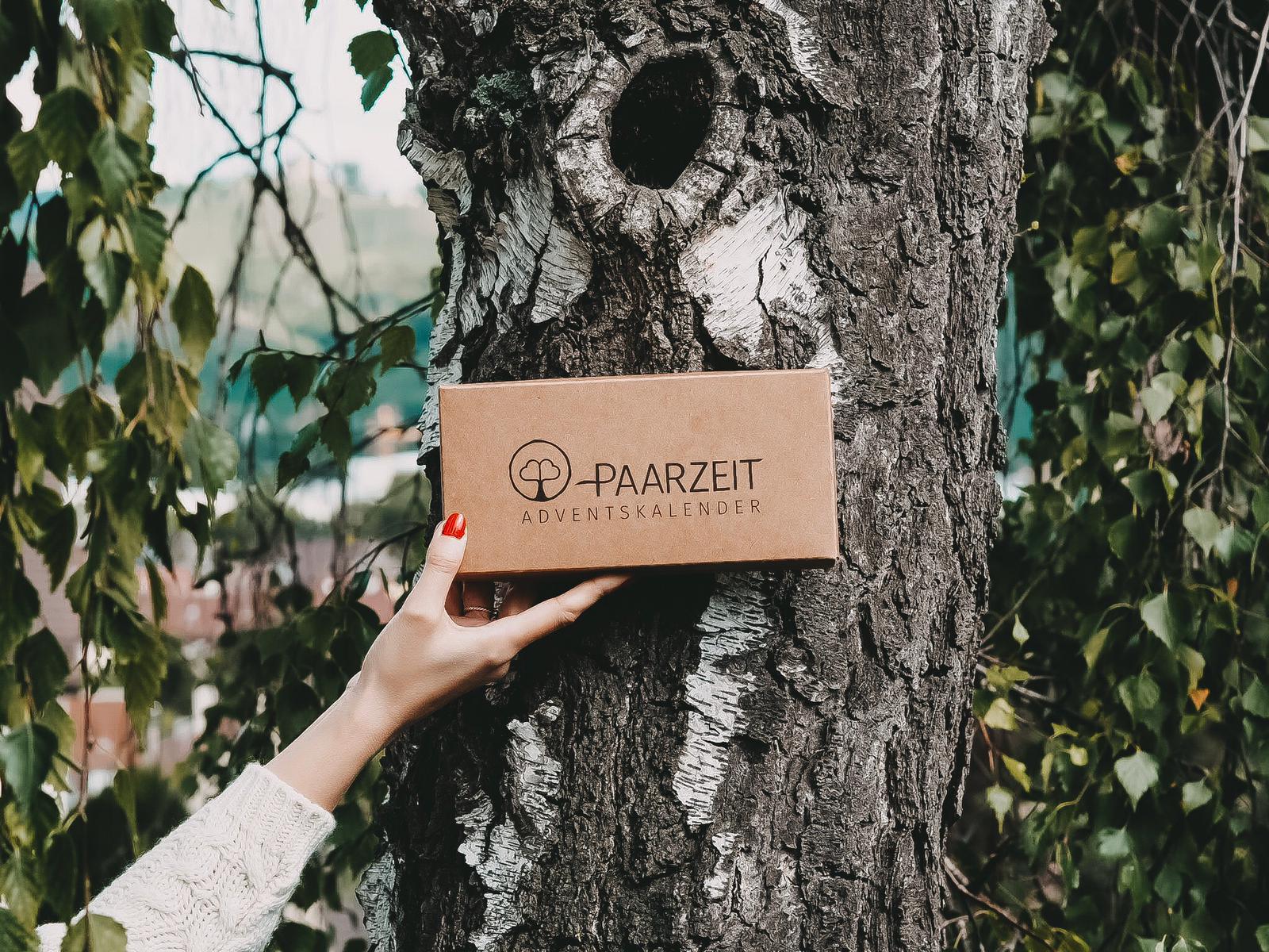 Der nachhaltige Paarzeit Adventskalender bietet ein tolles Paar-Erlebnis und pflanzt für jeden verkauften Adventskalender einen Baum. Mehr dazu auf dem Blog