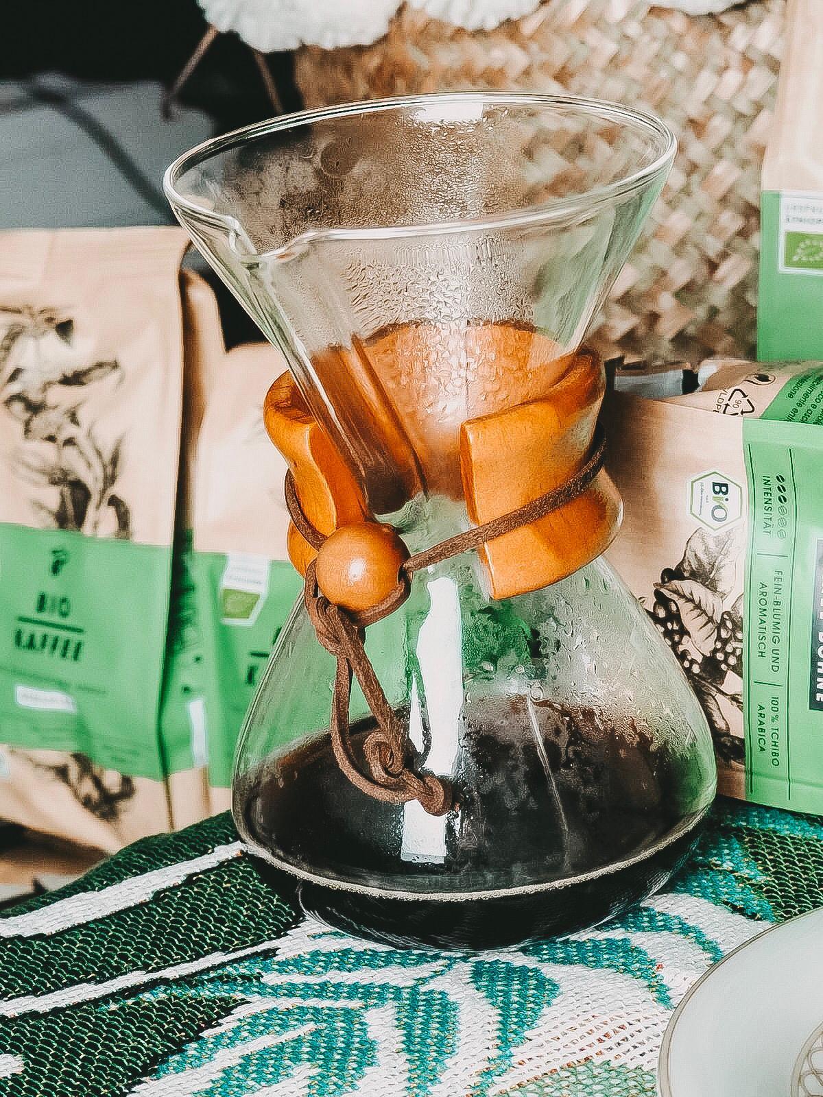 Der Bio Kaffee von Tchibo ist ein Genuss aus dem Chemex.