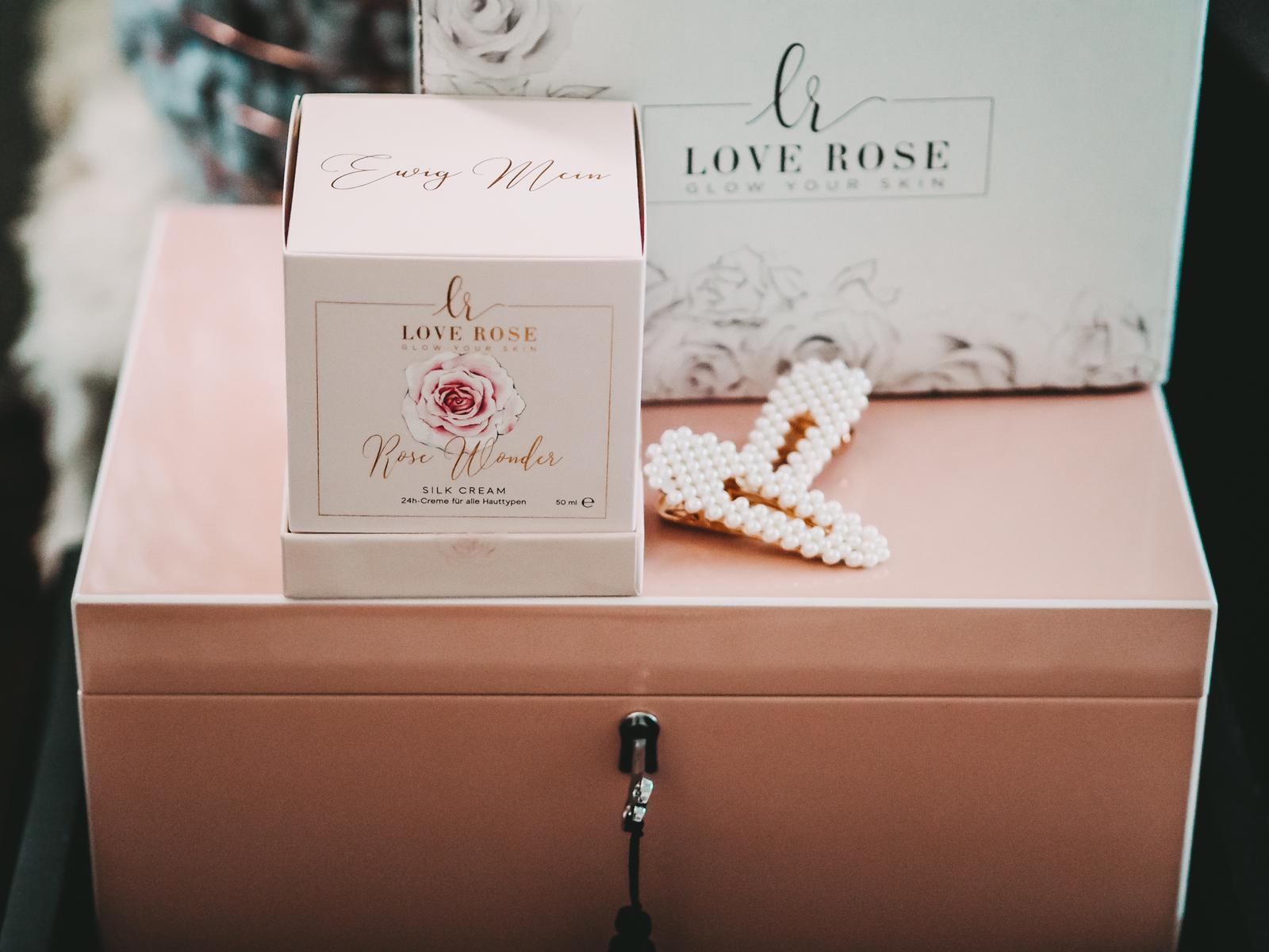 Effektive Produkte und schönes Design - Love Rose Cosmetics