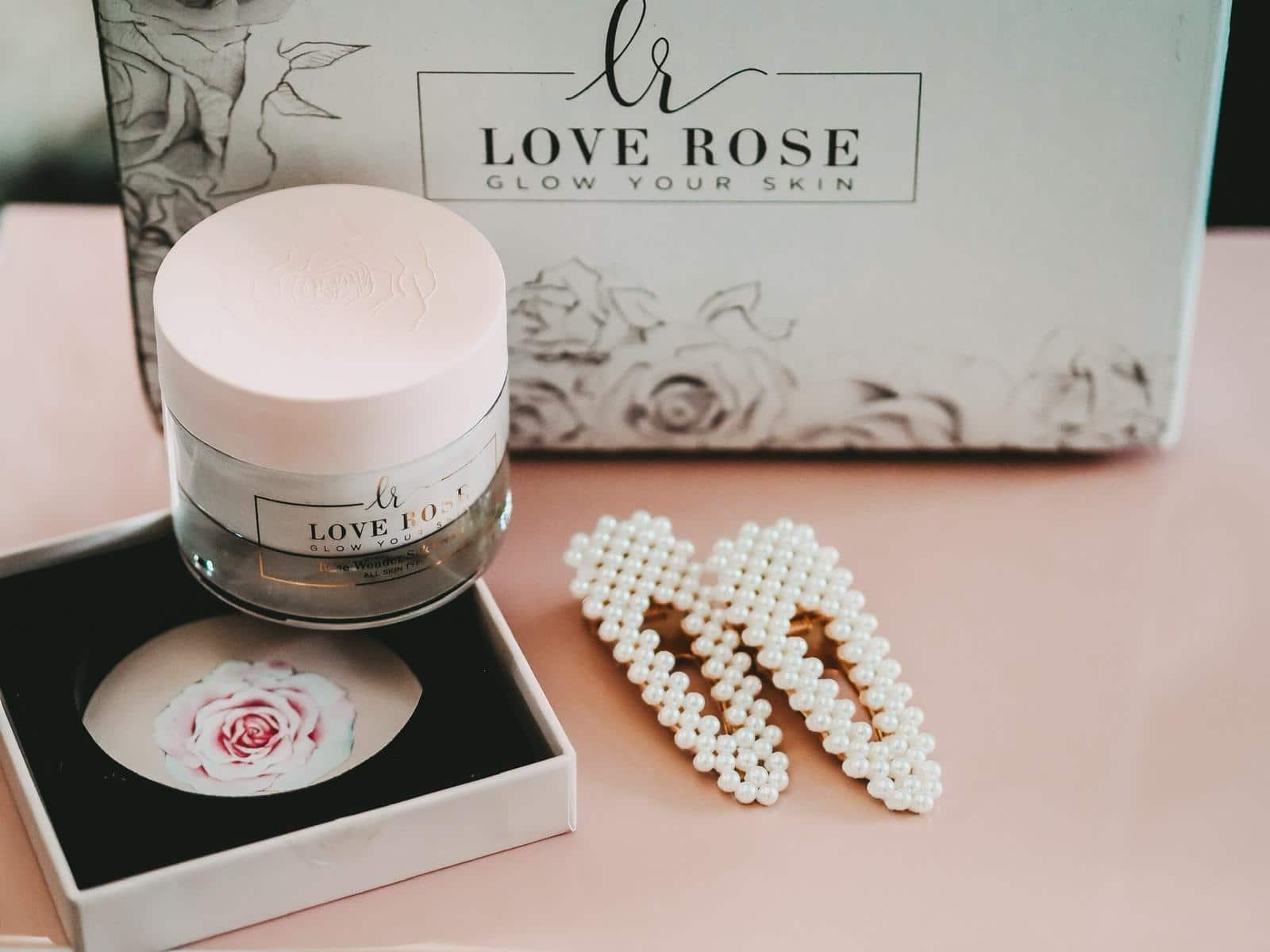 High end Produkte von Love Rose Cosmetics.