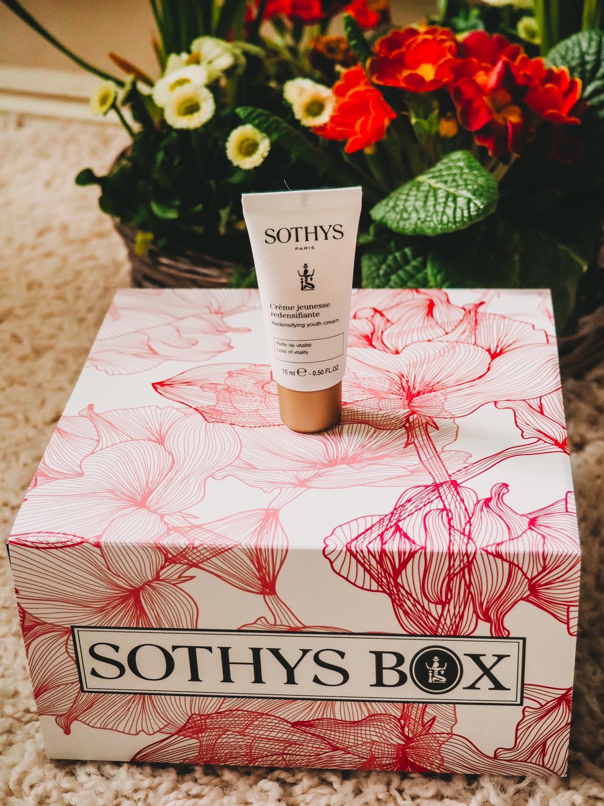 Crème jeunesse Hautdichte aus der Sothys Box Frühjahr 2020