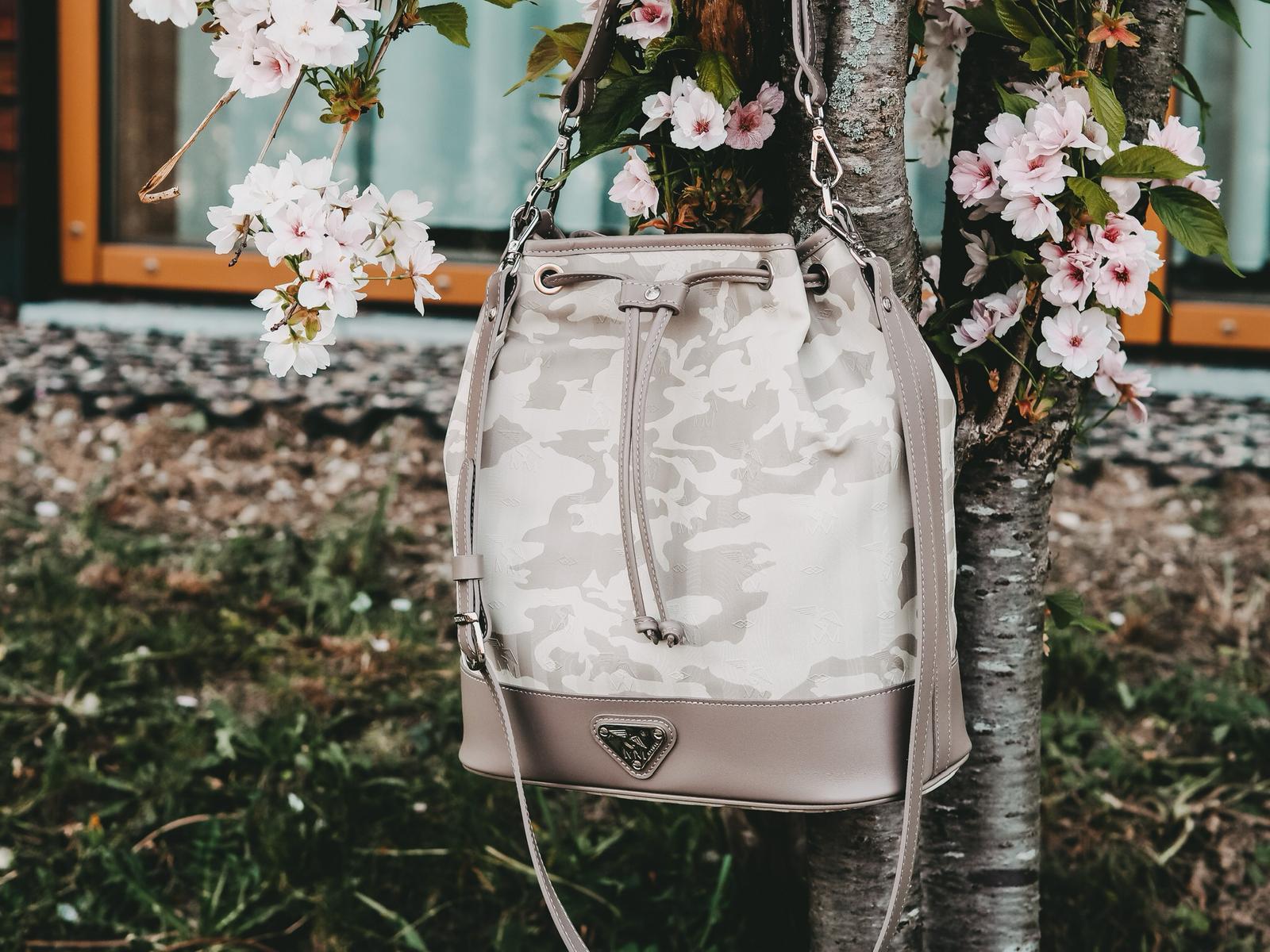 Maison Mollerus Niesen Bucket Bag
