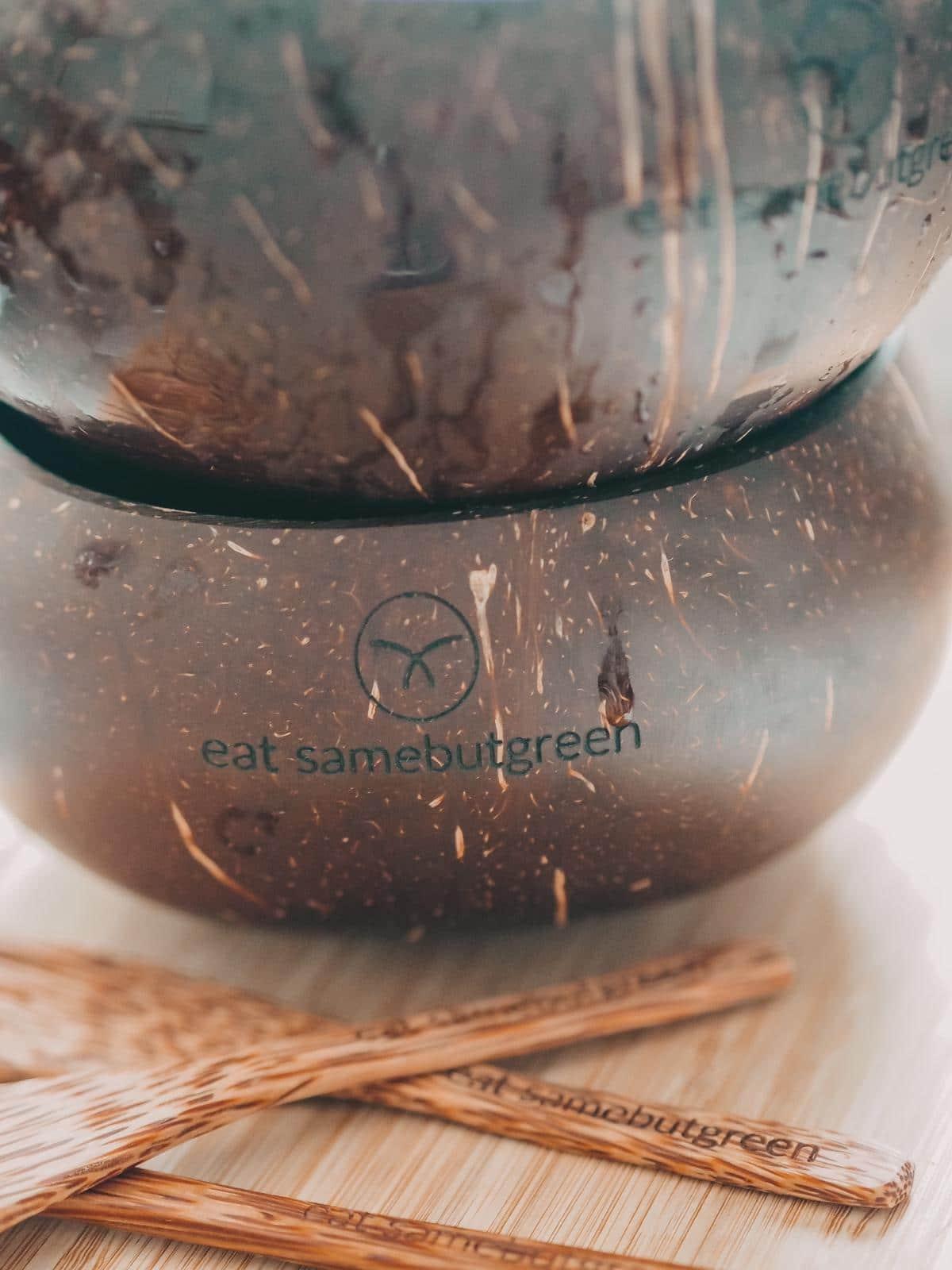 Samebutgreen Bowls