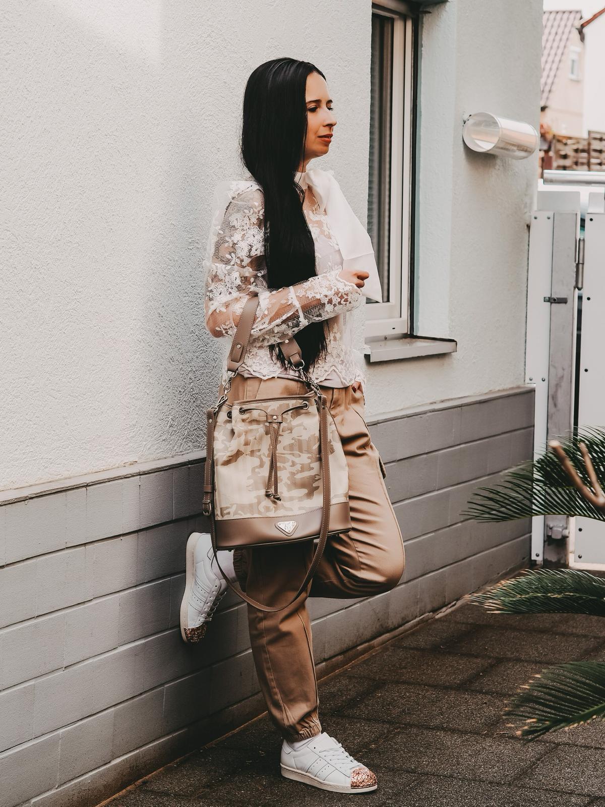 Cargo Look mit MaisonMolleru Niesen Tasche