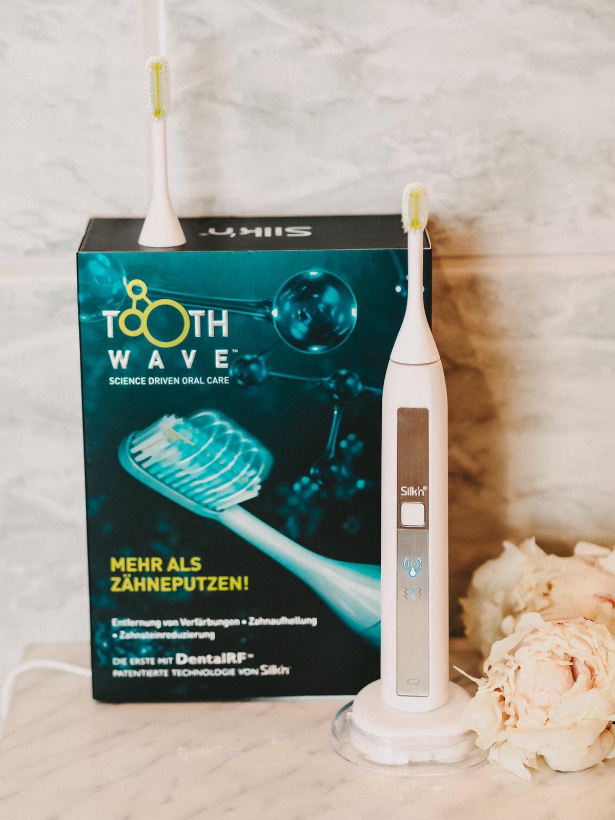 Professionelle Zahnreinigung für jeden Tag mit der Silk'n ToothWave