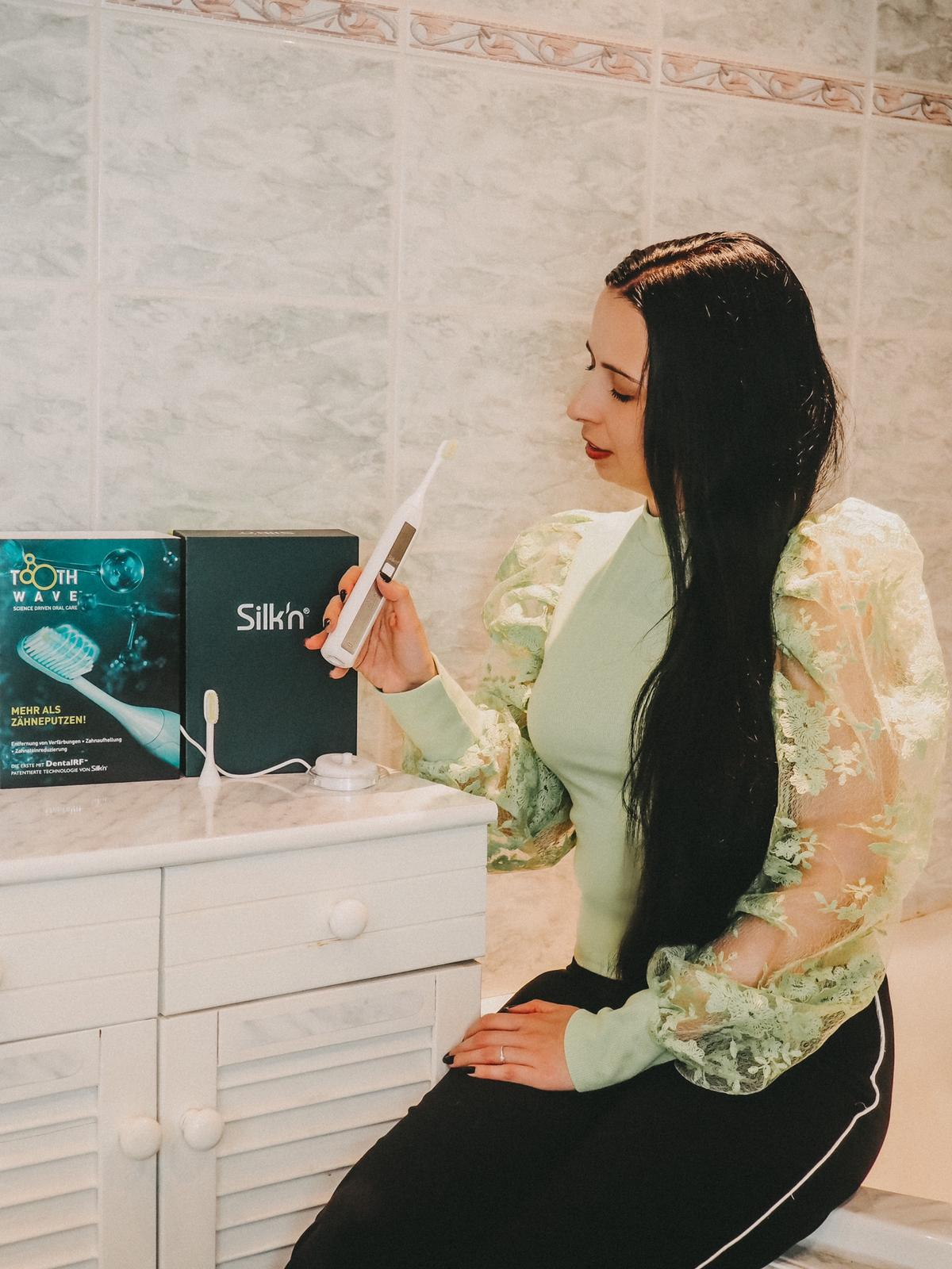 Zahnpflege kann so einfach sein mit der Silk'n ToothWave