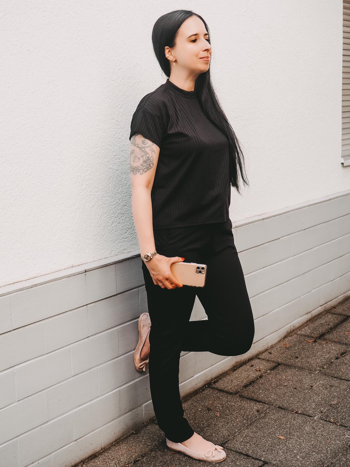 Schwarzer Jogger von Femmeluxefinery