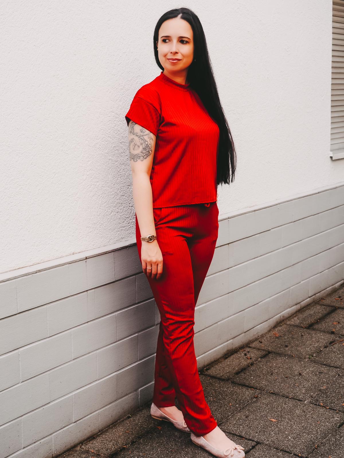 Jogger von Femmeluxefinery in rot